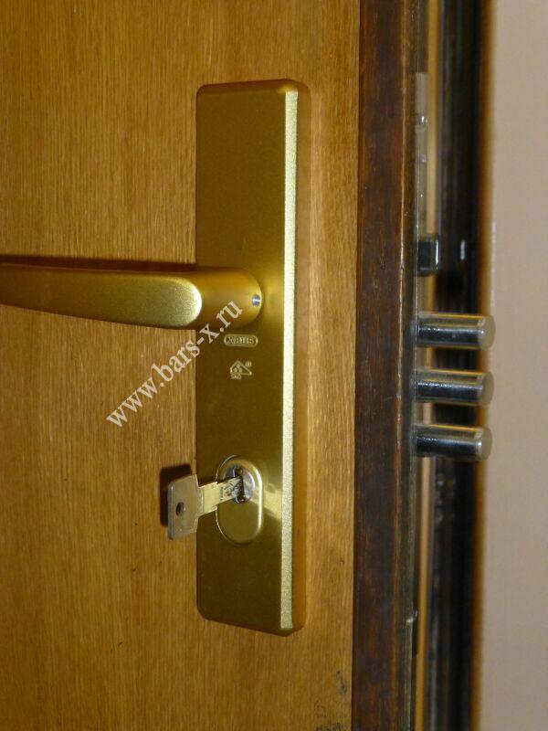 Замена личинки в замке входной двери 131