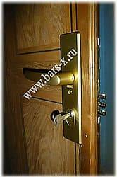 замена дверного замка и усиление