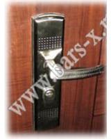 в китайских дверях заменить замок мастерлок