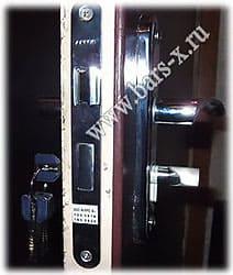 замена замка апекс на металлической двери