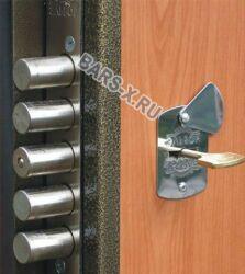 замена и установка замка железной двери