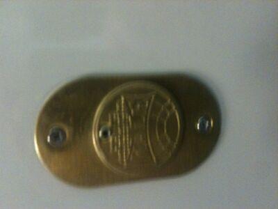 внешний вид замка и сейфа на фото