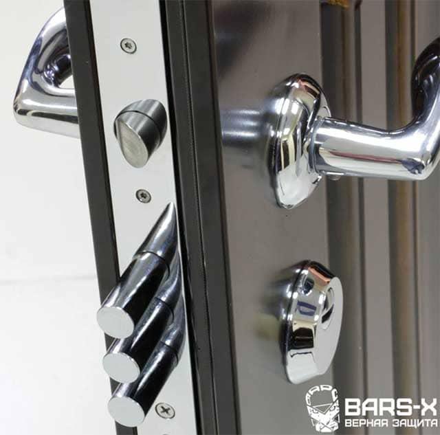 замена замков на входной металлической двери недорого